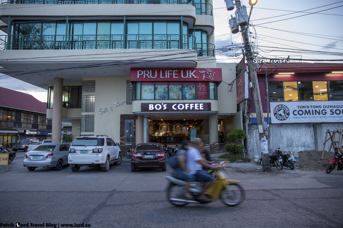 Bo's Coffee, Outside, Dumaguete, Philippines © Patrik Lord Travel Blog