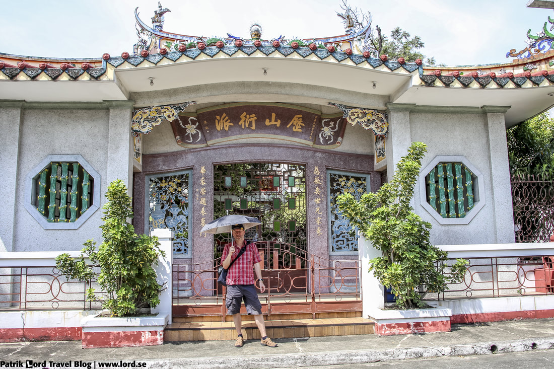 Chinese Cemetery, Me posing 2, Manila, Philippines © Patrik Lord Travel Blog